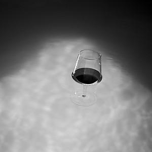 Mettre du vin dans son eau