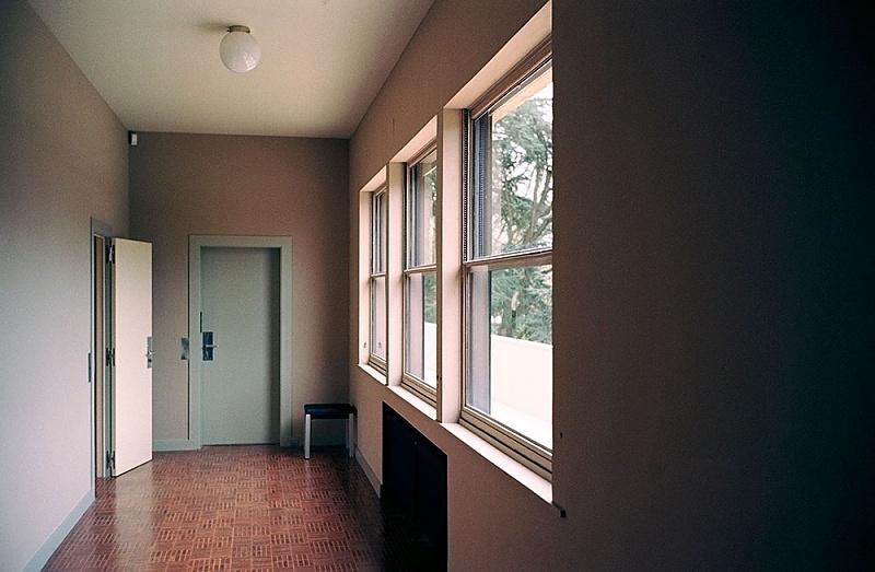 afficher le sujet dossier 2 cavrois. Black Bedroom Furniture Sets. Home Design Ideas